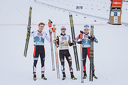 04.03.2021, Oberstdorf, GER, FIS Weltmeisterschaften Ski Nordisch, Oberstdorf 2021, Herren, Nordische Kombination, Einzelbewerb, Siegerpräsentation, im Bild v.l.: SilbermedaillengewinnerJarl Magnus Riiber (NOR), Weltmeisterin und Goldmedaillengewinner Johannes Lamparter (AUT), Bronzemedaillengewinner Akito Watabe (JPN) // f.l.: Silver medalist Jarl Magnus Riiber of Norway World champion and gold medalist Johannes Lamparter of Austria Bronze medalist Jarl Magnus Riiber of Norway during the winner presentation for the men Nordic combined Single of FIS Nordic Ski World Championships 2021 in Oberstdorf, Germany on 2021/03/04. EXPA Pictures © 2021, PhotoCredit: EXPA/ Dominik Angerer
