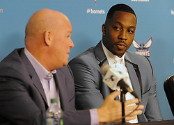 June 26, 2017 - Charlotte, NC, USA - Charlotte Hornets center Dwight Howard, right, listens as head coach Steve Clifford talks about Howard's positive traits during a news conference on Monday, June 26, 2017 at the Spectrum Center in Charlotte, N.C. (Credit Image: © David T. Foster Iii/TNS via ZUMA Wire)