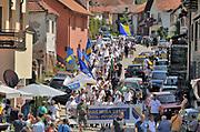 Bosnie, Srebrenica, 10-7-2015 Mars vanaf Tuzla naar potocari, doorkomst in srebrenica, voor de vrede op de vooravond van de 20e herdenking van de massamoord, genocide, op burgers uit de enclave Srebrenica . Foto: ANP/ Hollandse Hoogte/ Flip Franssen
