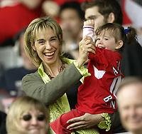 Photo Aidan Ellis, Digitalsport<br /> Liverpool v Aston Villa.<br /> FA Barclays Premiership.<br /> 15/05/2005.<br /> Raphael Benitez wife enjoys the game with their daughter