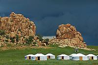 Mongolie, province de Ovorkhangai, camp touristique dans le parc de Batkhan. // Mongolia, Ovorkhangai province, tourist camp at Batkhan national parc.