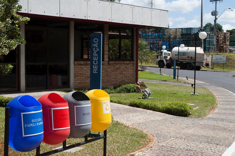 Contagem, 15/03/2007<br /> <br /> Documentacao coorporativa da planta industrial da fabrica de autopecas AETHRA.<br /> <br /> FOTO: BRUNO MAGALHAES / AGENCIA NITRO