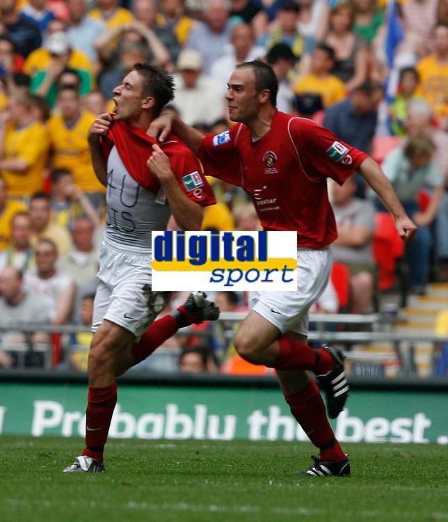 Photo: Steve Bond/Richard Lane Photography. <br />Ebbsfleet United v Torquay United. The FA Carlsberg Trophy Final. 10/05/2008. Chris McFee (L) celebrates