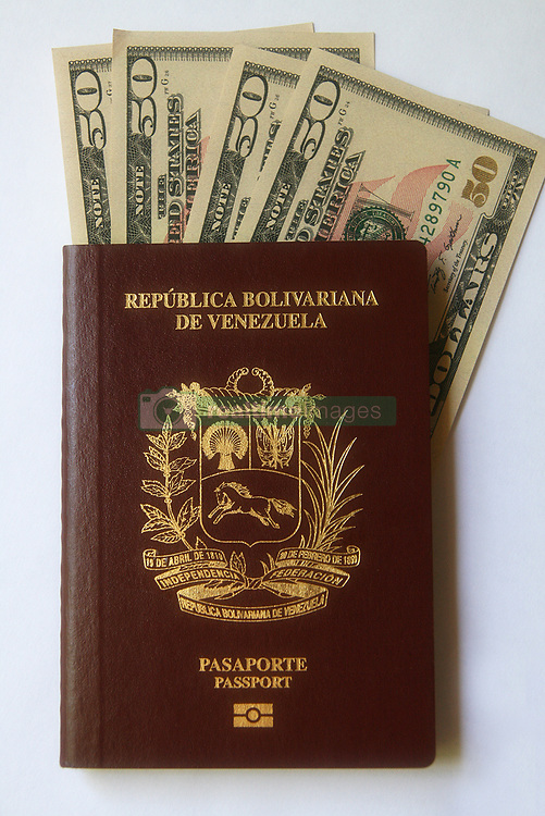 October 5, 2018 - Caracas, Venezuela - Venezuelans living abroad will have to pay $ 200 for the passport and $ 100 for the extension the announcement made today, 5 October 2018 in Caracas Venezuela. Vice President Delcy Rodríguez on behalf of the Bolivarian Government, while residents in the country will have to have four minimum wages seven thousand 200 sovereign bolivars. For the issue and renewal and three thousand 600 sovereign bolivars for the extension, until November 1 when it must be canceled in Petros. (Credit Image: © Humberto Matheus/NurPhoto/ZUMA Press)
