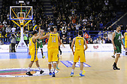 DESCRIZIONE : Porto San Giorgio Lega A 2013-14 Sutor Montegranaro Montepaschi Siena<br /> GIOCATORE : team<br /> CATEGORIA : team esultanza<br /> SQUADRA : Sutor Montegranaro Montepaschi Siena<br /> EVENTO : Campionato Lega A 2013-2014<br /> GARA : Sutor Montegranaro Montepaschi Siena<br /> DATA : 03/03/2014<br /> SPORT : Pallacanestro <br /> AUTORE : Agenzia Ciamillo-Castoria/C.De Massis<br /> Galleria : Lega Basket A 2013-2014  <br /> Fotonotizia : Porto San Giorgio Lega A 2013-14 Sutor Montegranaro Montepaschi Siena<br /> Predefinita :