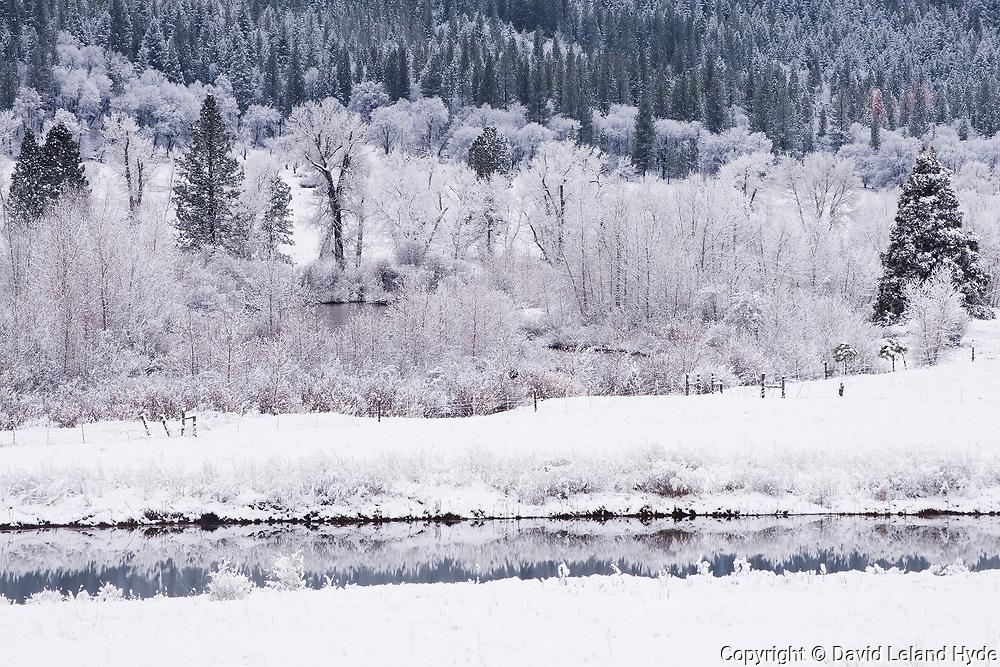 Heart K Pond, Indian Creek, Upper Genesee Valley, California Mountains, Winter Scenes, Sierra Nevada Mountains