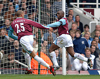 Photo: Daniel Hambury.<br />West Ham United v Manchester City. The Barclays Premiership. 15/04/2006.<br />West Ham's Shaun Newton (R) celebrates his goal with Bobby Zamora.