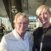 NLD/Amsterdam/20170930 - Orange Babies Gala 2017, Jan des Bouvrie en partner Monique