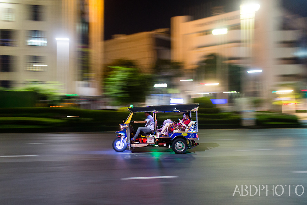 Bangkok by Night: Temples, Markets and Food by Tuk-Tuk Bangkok Thailand