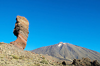 Espagne. Iles Canaries. Tenerife. île de Tenerife, le volcan Teide (3800 ms) et Los Roques de Garcia. Patrimoine mondial UNESCO. // Spain. Canary islands. Tenerife. Los Roques de Garcia and Mount Teide (3800 m). Unesco world heritage.