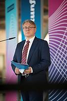 DEU, Deutschland, Germany, Berlin, 03.11.2020: Dr. Georg Nüßlein, stv. Vorsitzender der CDU/CSU-Bundestagsfraktion, bei einem Pressestatement im Deutschen Bundestag.