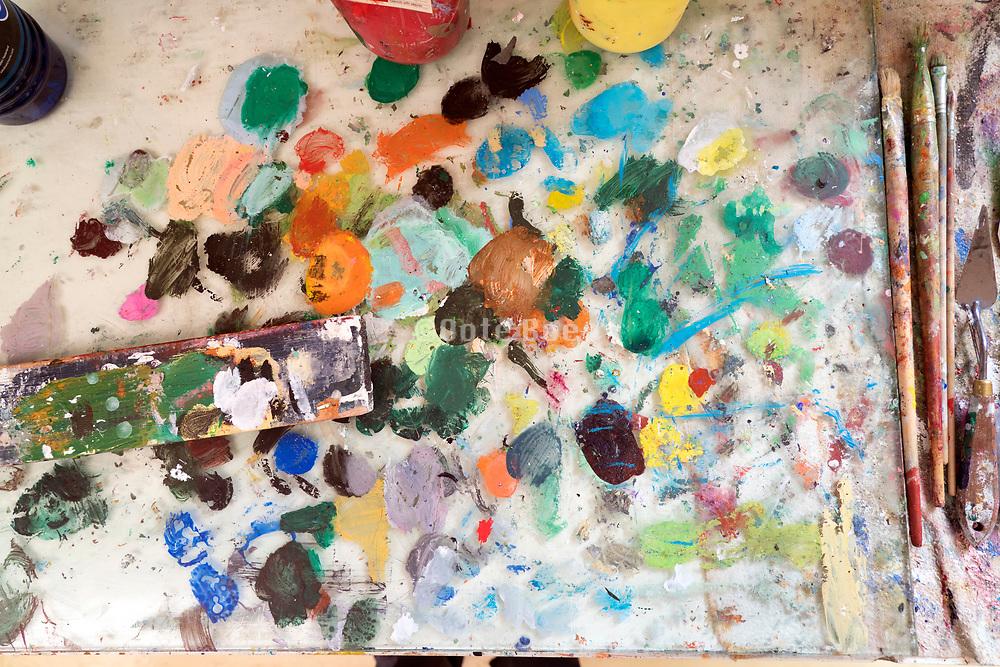 painters pallette close up