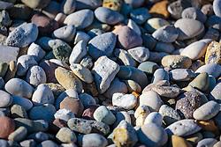 THEMENBILD - bunte Steine an einem Strand, aufgenommen am 26. Juni 2018 in Porec, Kroatien // <br /> colorful stones on a beach, Porec, Croatia on 2018/06/26. EXPA Pictures © 2018, PhotoCredit: EXPA/ Stefanie Oberhauser