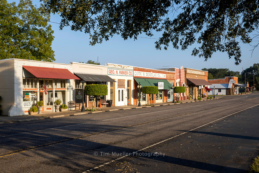 In Desoto parish the historic  main street of Grand Cane, Louisiana, runs parallel to U.S. Hwy. 171. The Bank of Grand Cane which closed in 1970 highlights the vilage. The building was donated to the village and now is the Grand Cane village hall.