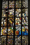 De Nieuwe Kerk is een kerkgebouw in Amsterdam. De kerk is gelegen aan de Dam, naast het Paleis op de Dam.De Nieuwe Kerk wordt, sinds soeverein-vorst Willem in 1814 in deze kerk de eed op de grondwet aflegde, ook gebruikt voor de inzegening van koninklijke huwelijken en voor inhuldigingen. De inhuldiging van Koningin Beatrix vond er plaats op 30 april 1980. Op dezelfde datum in 2013 zal de inhuldiging van haar zoon en opvolger Willem-Alexander ook daar plaatsvinden.<br /> <br /> The New Church is a church building in Amsterdam. The church is located on Dam Square, next to the Palace on the Dam.De New Church in this church in 1814, since sovereign-prince Willem laid aside the oath to the Constitution, also used for the blessing of royal weddings and inaugurations. The inauguration of Queen Beatrix took place on April 30, 1980. On the same date in 2013, the inauguration of her son and heir Willem-Alexander will also take place there.<br /> <br /> Op de foto / On the photo: Glas in Lood raam met Willem van Oranje // Stained Glass window with William of Orange