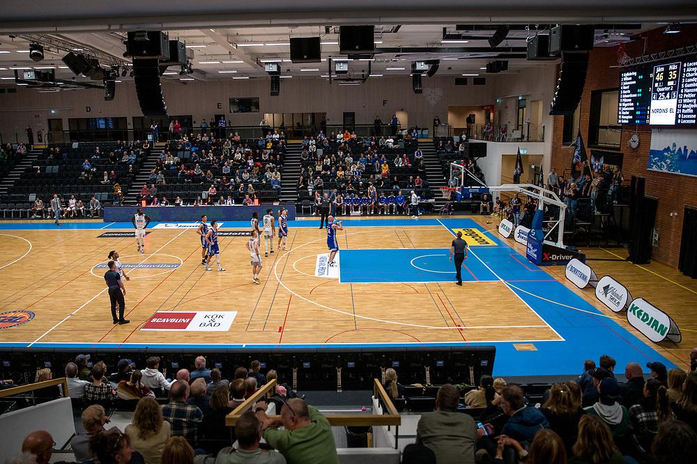 ÖSTERSUND 20210924<br /> Publik på plats under fredagens match i Basketligan mellan Jämtland Basket och Nässjö Basket i Östersunds Sporthall<br /> <br /> Foto: Per Danielsson/Projekt.P