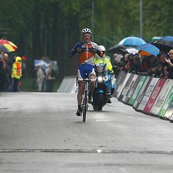 Olympia Tour Bocholtz-Voerendaal Dylan van Baarle wint de etappe en neemt een voorschot op de eindoverwinning