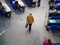 DEU, Deutschland, Germany, Berlin, 11.02.2021: Deutscher Bundestag, Bundeskanzlerin Dr. Angela Merkel (CDU) verlässt nach ihrer Regierungserklärung und der anschliessenden Debatte den Plenarsaal.