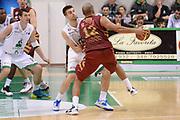DESCRIZIONE : Siena Lega A 2013-14 Montepaschi Siena Umana Venezia<br /> GIOCATORE : smith andre<br /> CATEGORIA : controcampo<br /> SQUADRA : Umana Venezia<br /> EVENTO : Campionato Lega A 2013-2014<br /> GARA : Montepaschi Siena Umana Venezia<br /> DATA : 11/11/2013<br /> SPORT : Pallacanestro <br /> AUTORE : Agenzia Ciamillo-Castoria/GiulioCiamillo<br /> Galleria : Lega Basket A 2013-2014  <br /> Fotonotizia : Siena Lega A 2013-14 Montepaschi Siena Umana Venezia<br /> Predefinita :