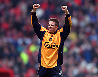 Nick Barmby celebrates Liverpool's win. Manchester United's first home defeat in two years. Manchester United v Liverpool. FA Premiership, 17/12/2000. Credit: Colorsport / Andrew Cowie.