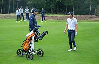 HILVERSUM - Jerry Ji (Neth) met bondscoach Maarten Lafeber .    ELTK Golf 2020 The Dutch Golf Federation (NGF), The European Golf Federation (EGA) and the Hilversumsche Golf Club will organize Team European Championships for men.  COPYRIGHT KOEN SUYK