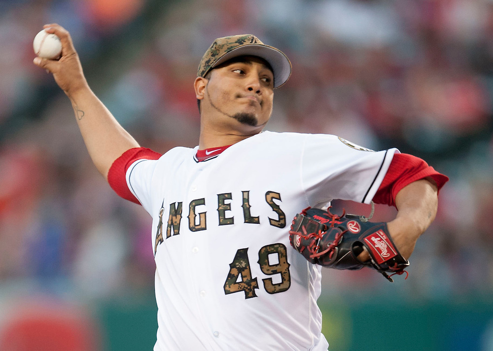 The Angels Jhoulys Chacin pitches against the Detroit Tigers during the Angels 5-1 victory Monday at Angel Stadium.<br /> <br /> ///ADDITIONAL INFO:   <br /> <br /> angels.0531.kjs  ---  Photo by KEVIN SULLIVAN / Orange County Register  -- 5/30/16<br /> <br /> The Los Angeles Angels take on the Detroit Tigers Monday at Angel Stadium.