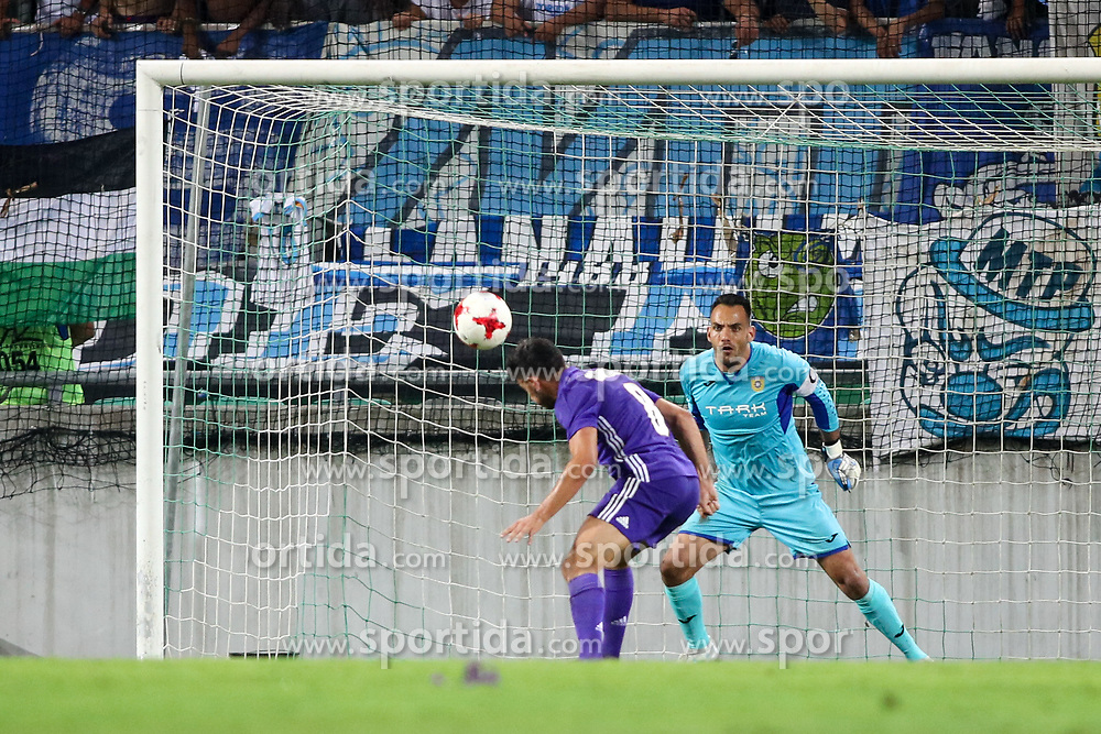 Morgan Sanson of Olympic Marseille and Dejan Milic of NK Domzale during football match between NK Domzale and Olympique de Marseille in First game of UEFA Europa League playoff round, on August 17, 2017 in SRC Stozice, Ljubljana, Slovenia. Photo by Morgan Kristan / Sportida
