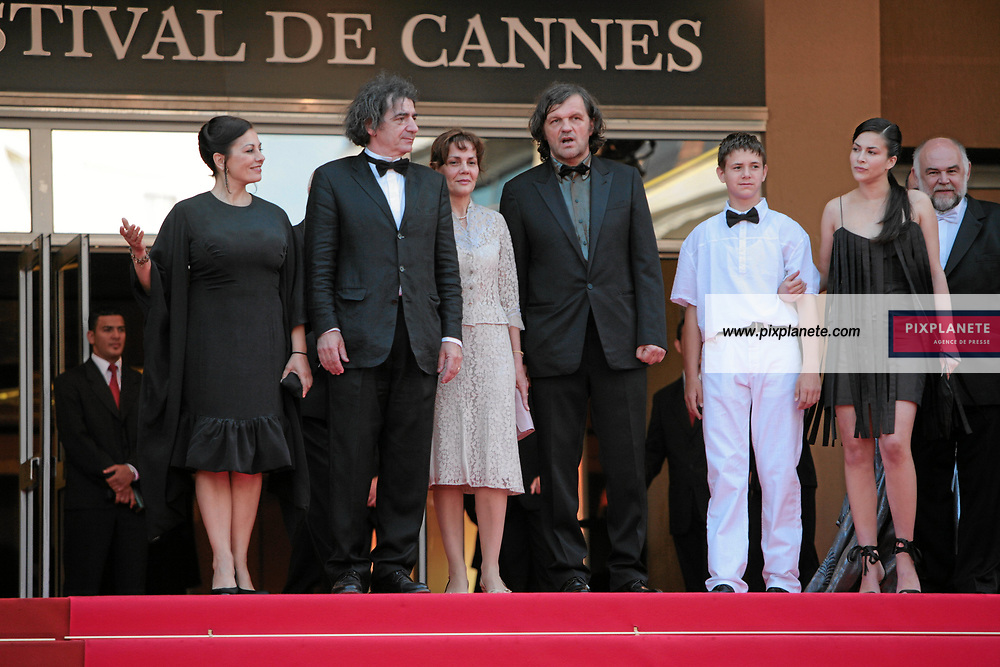Emir Kusturica - Marina Petronijevic - Miki Manojlovic - Uros Milovanovic - Aleksandar Bercek - Festival de Cannes - Montée des marches - 26/05/2007 - JSB / PixPlanete