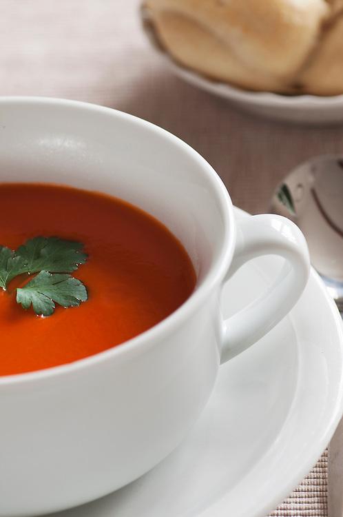 Tomato Soup & Roll