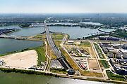 Nederland, Noord-Holland, Amsterdam, 29-06-2018; <br /> Zeeburgereiland met de silo's van de voormalige rioolwaterzuivering. Stadsontwikkelingsgebied met onder andere zelfbouw kavels. Ingang van de Zeeburgertunnel. <br /> Island Zeeburg, new city quarter in developement<br /> <br /> luchtfoto (toeslag op standard tarieven);<br /> aerial photo (additional fee required);<br /> copyright foto/photo Siebe Swart