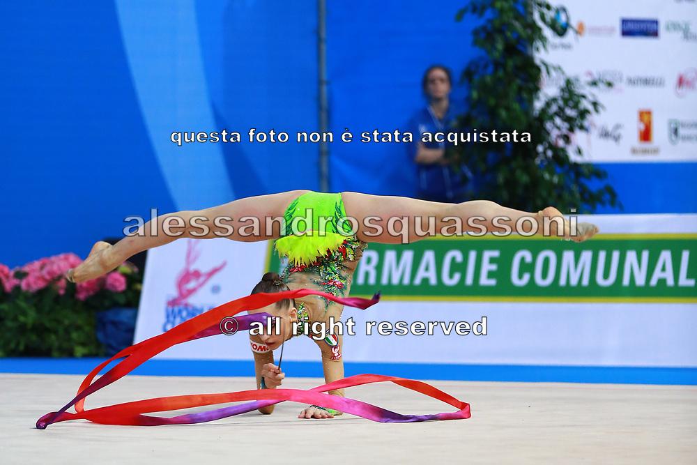 Veronica Bertolini was born in Sondrio October 19, 1995, she is an individual gymnast of the Italian team. She is five times the Italian rhythmic gymnastics champion until 2017.