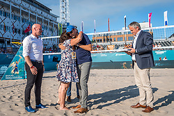 15-07-2018 NED: CEV DELA Beach Volleyball European Championship day 1<br /> Start of the DELA EC Beach Volleyball 2018 / Michel Everaert, Peter Sprenger, Fam van der Linden