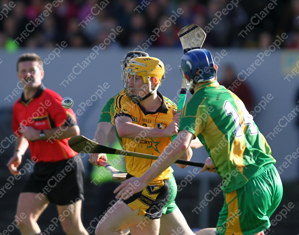 20/10/13 Clonlara's Colm Gavin keeps his eye on the ball during their clash with O'Callaghan's Mills during their Quarter Final clash in Cusack Park. Pic Tony Grehan / Press 22