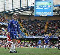Photo: Lee Earle.<br /> Chelsea v Charlton Athletic. The Barclays Premiership. 22/01/2006. Hernan Crespo cannot believe they could only draw.