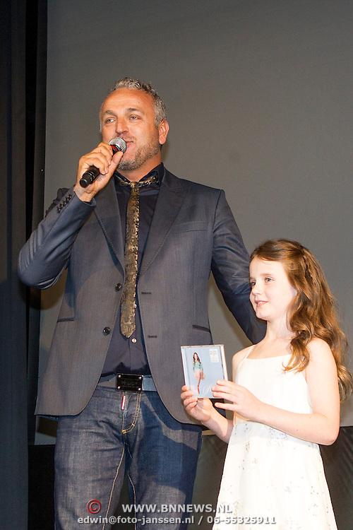 NLD/Amsterdam//20140322 - CD presentatie Amira, door Gordon Heuckeroth