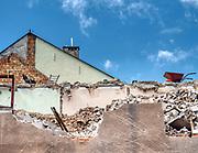 Mrągowo 2019-08-09. Prace budowlane przy ul. Ratuszowej w centrum miasta.