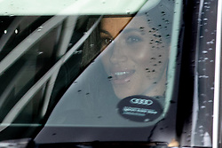 F© Licensed to London News Pictures. 19/12/2018. London, UK. Meghan Markle, The Duchess of Sussex leave Kensington Palace to attend a Christmas lunch at Buckingham Palace. Photo credit : Tom Nicholson/LNP