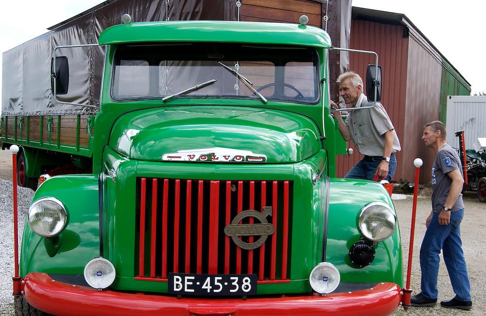 Groesbeek, 27 juni 2004.Week van het Platteland. Open dag op boeren bedrijven... Bedrijf:Fruitteelt fam Daamen..Foto (c) Michiel Wijnbergh