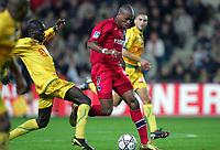 Fotball<br /> Frankrike 2004/05<br /> Nantes v Paris Saint Germain<br /> 16. oktober 2004<br /> Foto: Digitalsport<br /> NORWAY ONLY<br /> FABRICE PANCRATEO (PSG) / EMERSE FAE (NAN)