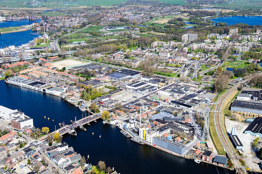 Nederland, Noord-Holland, Zaandstad, 20-04-2015; Koog aan de Zaan, industrie langs rivier de Zaan.<br /> Industry along river Zaan.<br /> luchtfoto (toeslag op standard tarieven);<br /> aerial photo (additional fee required);<br /> copyright foto/photo Siebe Swart