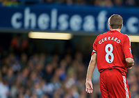 LONDON, ENGLAND - Sunday, October 26, 2008: Liverpool's captain Steven Gerrard MBE in action against Chelsea during the Premiership match at Stamford Bridge. (Photo by David Rawcliffe/Propaganda)