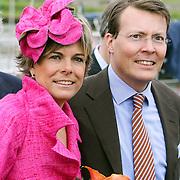 NLD/Makkum/20080430 - Koninginnedag 2008 Makkum, Laurentien en partner Constantijn