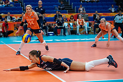 03-10-2018 NED: World Championship Volleyball Women day 5, Yokohama<br /> Argentina - Netherlands 0-3 / Myrthe Schoot #9 of Netherlands