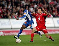 Fotball, 25. april 2005, Tippeligaen , Brann - Tromsø 1-1, Patrice Bernier, Tromsø og Paul Scharner, Brann