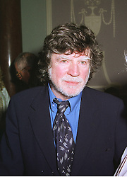 Actor ALAN BATES  at a party in London on 7th December 1998. MMT 74