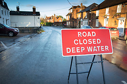 © Licensed to London News Pictures. 23/12/2019. Yalding, UK. Flood levels have begun to recede in the centre of the village of Yalding in Kent. River levels are beginning to drop after days of heavy rain in the south. Photo credit: Peter Macdiarmid/LNP