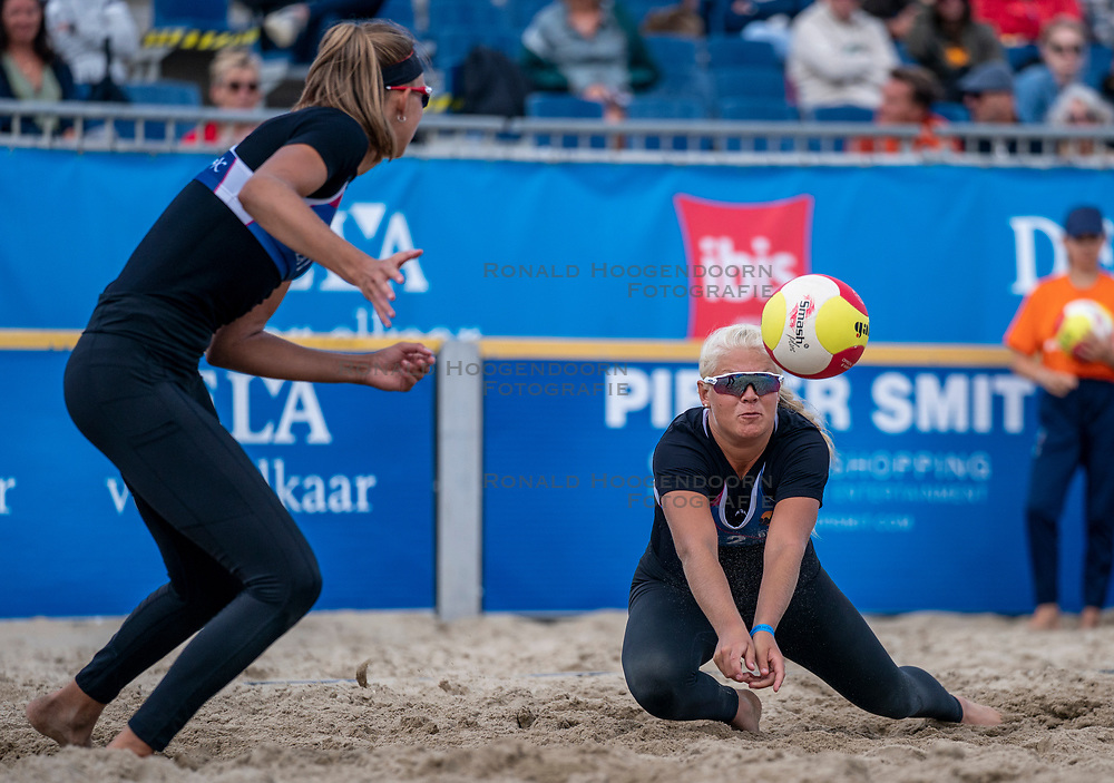 Raïsa Schoon in action. The Final Day of the DELA NK Beach volleyball for men and women will be played in The Hague Beach Stadium on the beach of Scheveningen on 23 July 2020 in Zaandam.