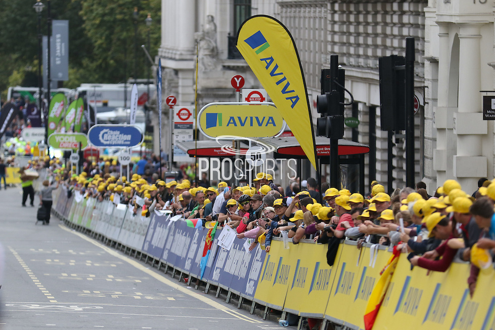 Fans line the route during the London Stage of the Aviva Tour of Britain, Regent Street, London, United Kingdom on 13 September 2015. Photo by Ellie Hoad.