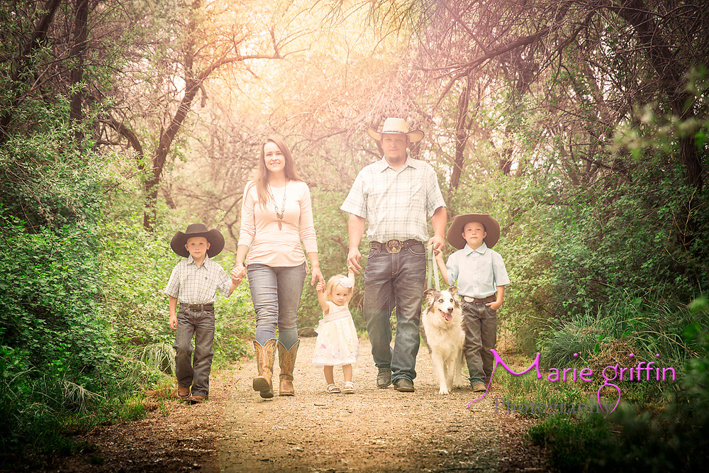 2018 Jaros family photo session at Jackson Lake State Park near Wiggins, CO on May 26, 2018.<br /> Photography by: Marie Griffin Dennis/Marie Griffin Photography<br /> mariegriffinphotography.com<br /> mariefgriffin{@}gmail.com