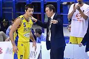DESCRIZIONE : Porto San Giorgio Lega serie A 2013/14  Sutor Montegranaro Varese<br /> GIOCATORE : Cinciarini Daniele, carlo recanati<br /> CATEGORIA : curiosità fair play<br /> SQUADRA : Sutor Montegranaro<br /> EVENTO : Campionato Lega Serie A 2013-2014<br /> GARA : Sutor Montegranaro Pallacanestro Varese<br /> DATA : 23/11/2013<br /> SPORT : Pallacanestro<br /> AUTORE : Agenzia Ciamillo-Castoria/M.Greco<br /> Galleria : Lega Seria A 2013-2014<br /> Fotonotizia : Porto San Giorgio  Lega serie A 2013/14 Sutor Montegranaro Varese<br /> Predefinita :